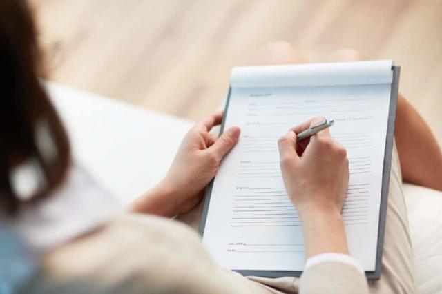 Как написать автобиографию для опеки в 2021 году: образец заполнения