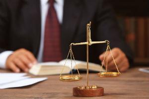 Как подать заявление на развод с разделом имущества: образец 2021 года