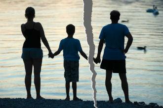 Лишение отца родительских прав: основания, порядок, правовые последствия в 2021 году
