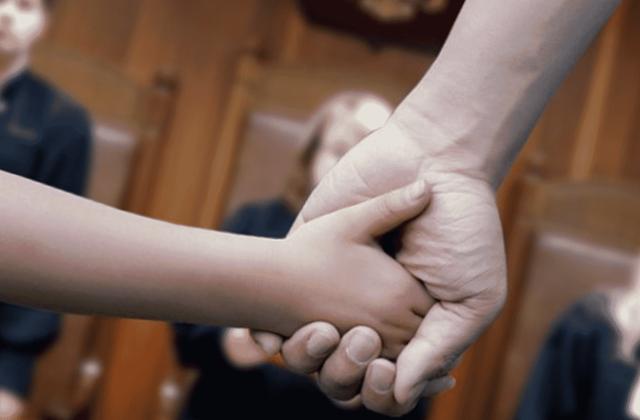 Как при разводе оставить ребенка с отцом: какие способы существуют в 2021 году