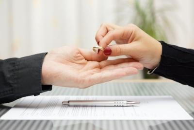 Как забрать заявление о разводе из суда в 2021 году