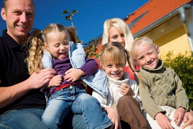 До какого возраста дети считаются детьми: информация на 2021 год