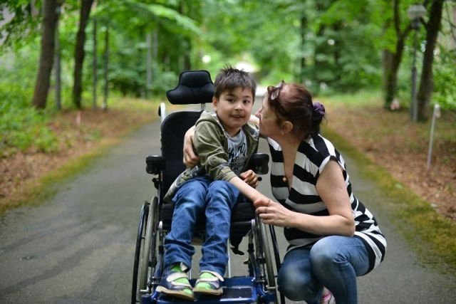 Увольнение по уходу за ребенком-инвалидом: могут ли уволить или сократить родителя в 2021 году